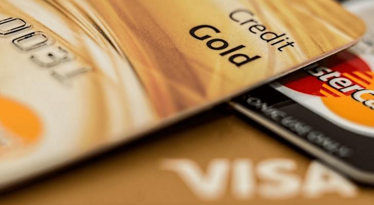 クレジットカードは多くある中、楽天カードが家計を助ける理由